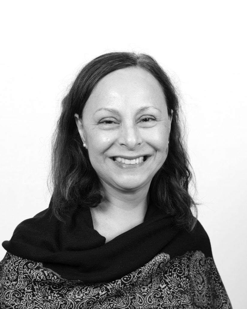 Headshot of Rosario de Swanson