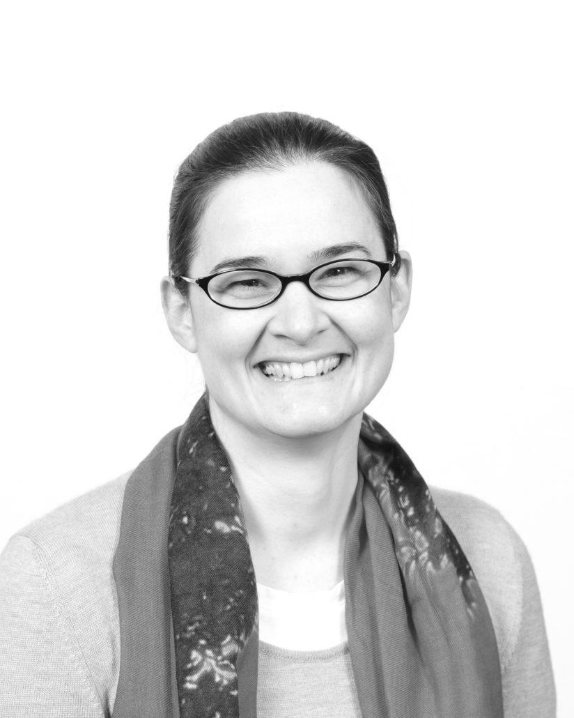 Headshot of Jennifer Girouard