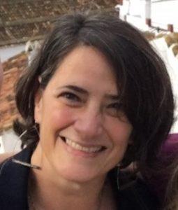 Maia Segura Headshot